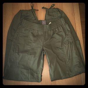 Nike Drawstring Cuff Pants Size Small(4-6)